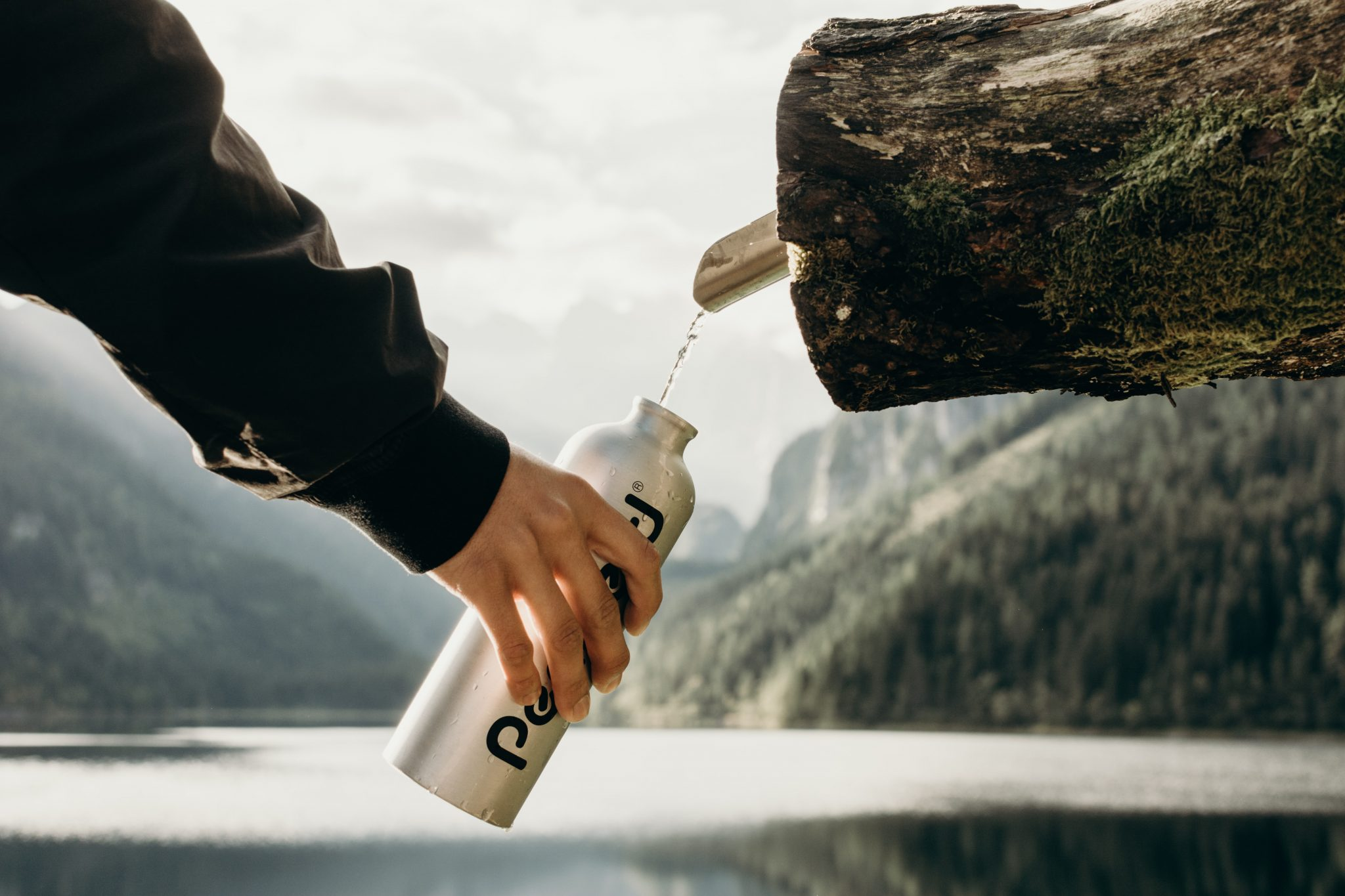 How to Stay Hydrated on Long Walks